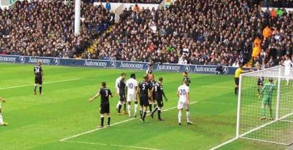 Brian Laudrup tipper Tottenham-Liverpool og to andre af weekendens fiduser