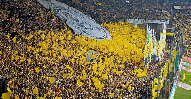 Søndag er der lokalopgør mellem Dortmund og Schalke 04 på Signal Iduna Park i Dortmund